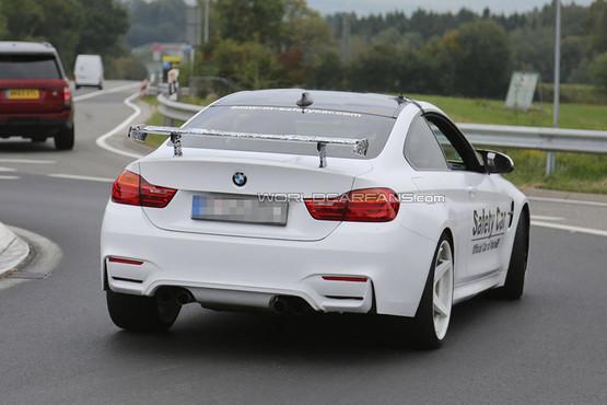 全新宝马m4 gts车型使用了包括碳纤维和铝合金在内的大量合成材料,其